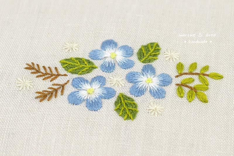 刺繍 ブルー 花